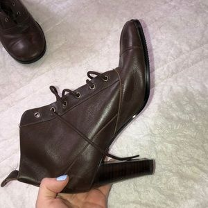 Brown Lace Up Ankle Boots Sz 6